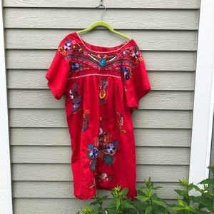 Gorgeous Vintage Embroidered Dress